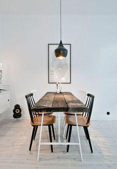 ¿Aún no has oído hablar de la tendencia 'RAW'?: la naturalidad de los muebles de madera imperfecta. El término 'raw' significa en inglés 'bruto', 'rudo', '