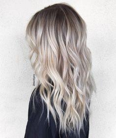 Platinum Blonde Balayage, Icy Blonde, Dark Roots Blonde Hair Balayage, Blonde Ends, Brassy Blonde, Platinum Hair, Medium Ash Blonde Hair, Blonde Honey, Bright Blonde