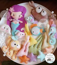 Mermaid and fish Felt Wreath, Felt Garland, Felt Ornaments, Baby Mobile Felt, Felt Baby, Doll Sewing Patterns, Sewing Dolls, Sock Dolls, Felt Dolls