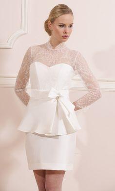 Model 1311. Krótka suknia ślubna #koronkowesuknieslubne#krotkiesuknieslubne# suknieslubne.com.pl