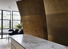 Collingwood Apartment by Rob Kennon Architects