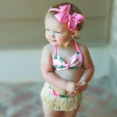 perfect hula birthday party outfit- definitely using a longer skirt tho for my baby