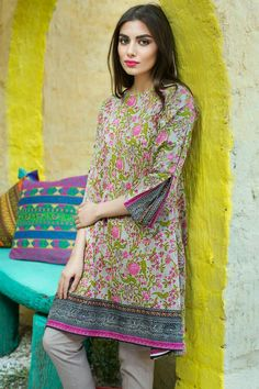 Stunning and Unique Sleeves Designs for Dresses - Kurti Blouse Pakistani Fashion Casual, Pakistani Dresses Casual, Dresses Elegant, Pakistani Dress Design, Stylish Dresses, Simple Dresses, Indian Dresses, Indian Outfits, Pakistani Designers