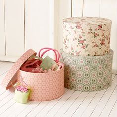 DIY:  Paper Mache Storage Boxes Tutorial - info on covering, painting, glazing, antiquing  stamping - lots of ideas!!!