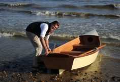 Build this boat in 3 days, via Classic Boat. Full directions online.