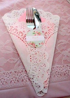So pretty for a princess party or a tea party. So pretty for a princess party or a tea [. Girls Tea Party, Tea Party Birthday, Princess Tea Party Food, 90th Birthday, Shabby Chic Birthday Party Ideas, Elegant Birthday Party, Afternoon Tea Parties, Afternoon Tea Baby Shower Ideas, Afternoon Tea Ideas Creative
