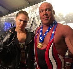 Ronda Rousey & Kurt Angle backstage of WrestleMania 34 before they face Triple H & Stephanie McMahon Ronda Rousey Wwe, Nxt Divas, Total Divas, Wrestlemania 29, Rowdy Ronda, Catch, Kurt Angle, Wrestling Stars, Wwe Tna