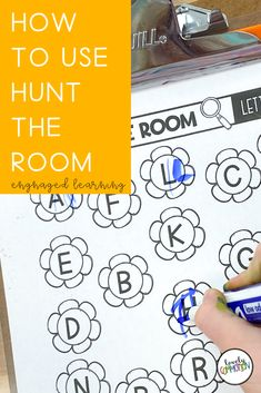 Looking for an engaging learning activity for preschool, pre-k or kindergarten children? Try Hunt the Room, where students will get up and moving while learning! Much like Write the Room, but perfect for early childhood classrooms! Preschool Centers, Preschool Learning Activities, Kindergarten Classroom, Small Group Activities, Inspired Learning, Play Based Learning, Early Literacy, Help Teaching, Early Education