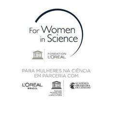 Atualmente apenas 30% dos pesquisadores  no mundo são mulheres muitas são desestimuladas a seguirem uma carreira na ciência desde pequenas.  Durante os últimos 18 anos o programa LOréal-UNESCO For Women in Sciencetem incentivado promovido e homenageado mulheres cientistas no mundo inteiro.  Ontem aconteceu no Rio a 11ª premiação nacional do Mulheres na Ciência promovido pela L'Oreal-Unesco  neste ano foram premiadas cientistas da área de  Química Ciências Biológicas Matemática Física…