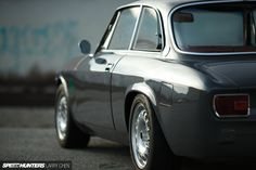 Classic Car News Pics And Videos From Around The World Alfa Romeo 2600, Alfa Romeo Gta, Alfa Romeo Spider, Alfa Bertone, Chen, Royce Car, Old Sports Cars, Cafe Racer Magazine, Alfa Romeo Giulia