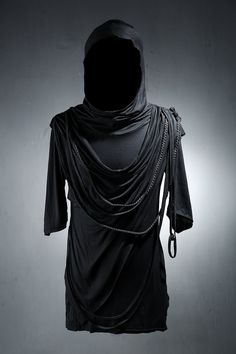 T-Shirts with both cool feeling and unique look - Made with leather and the fabric for that stretchy rope - Decorated with the strings - Dark and