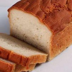"""Um pão fácil de fazer, saboroso e muito """"magro"""".É assim que podemos definir este pão de arroz.Ele é perfeito para quem busca um pão gostoso, digestivo e com reduzido número de calorias."""
