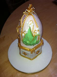 Faberge egg cake