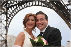 Eiffelt Tower love | Planning Bliss Travels