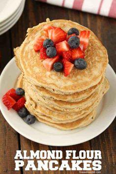 Almond Flour Pancakes Recipe (Gluten Free Pancakes) Almond Flour Pancakes Recipe, an easy gluten free pancake recipe with almond flour and a few ingredients you probably already have. These almond flour pancakes could easily be. Dairy Free Pancakes, Almond Flour Pancakes, Almond Flour Recipes, Pancakes Easy, Keto Pancakes, Crepes Sin Gluten, Gluten Free Pancake Recipe Easy, Light And Fluffy Pancakes, Gourmet