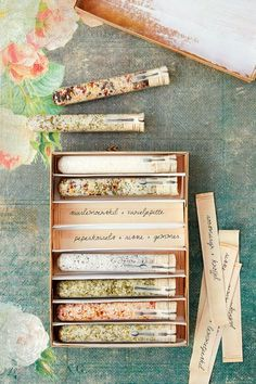 Recipes for Homemade Seasoning Salts with Herbs and Spices DIY gift seasoned salt SaltWorks has artisan gourmet flavored smoked Epsom and bath salts all in one place DI. Wedding Favours, Wedding Gifts, Trendy Wedding, Wedding Blog, Perfect Wedding, Wedding Venues, Homemade Gifts, Diy Gifts, Homemade Spices
