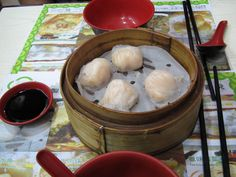 Tim Ho Wan, the world's most inexpensive Michelin-starred restaurant is in Hong Kong via Chamorro Chica. Delicious!