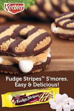 Fudge Stripes cookies make the ultimate S'Mores recipe, from campfire snacks to summer party treats. Tap the Pin to find these deliciously fudgy cookies in your local supermarket. Find the best camping tent for your camping needs Cookie Recipes, Snack Recipes, Dessert Recipes, Camping Recipes, Cupcake Recipes, Camping Hacks, Keto Recipes, Just Desserts, Delicious Desserts