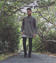 Zabdiel CNCO Crushes, Normcore, Hipster, Guys, Instagram Posts, Beautiful, Outfits, Sash, Hipsters