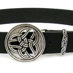 Leather #belt with #Celtic #triad motic - Available on ETSY by Pera Peris - House of History