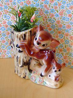 Vintage fawn posy vase.
