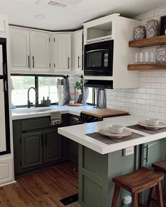 Wheel Kitchen remodel with green cabinets Featuring. Architecture Renovation, Home Renovation, Kitchen Design, Kitchen Decor, Kitchen Ideas, Cheap Kitchen, Green Kitchen Cabinets, Kitchen Counters, Kitchen Yellow