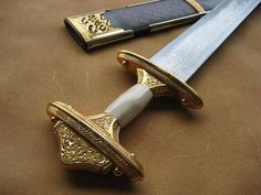 The Ultuna sword and scabbard recreated by associate craftsman Vince Evans, with thanks to member Peter Cowan