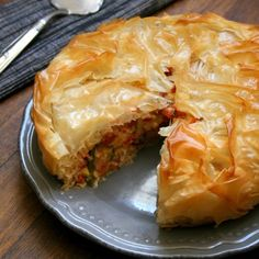 A Thai vegetable pie by Teresa Ulyate. Vegetable Pie, Spanakopita, Thai Recipes, Couscous, Roast, Yummy Food, Lunch, Fresh, Vegetables