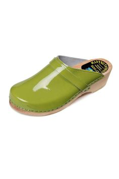 Sweedish orthopedic clogs,handmade from genuine leather and alder wood. The uppers are punched from leather of the highest quality in large variety of colors, like this apple green patent which is very stylish and happy.The patent leather is very elastic and soft . the wooden sole is mostly natural,only in the black patent it is black also (see picture) The swedish sizes runs a bit large then usual so if you between sizes you should pick the smaller one (if you between 37-38,it is batter to…