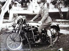 History in Photos - Santa Monica Police Officers Association Cool Motorcycles, Vintage Motorcycles, California History, Southern California, Vintage Bikes, Vintage Metal, Los Angeles County, Law Enforcement, Cops