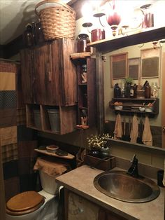 awesome 48 Amazing Country Bathrooms Ideas You Can Imitate primitive ideas primitive signs primitive furniture primitive home primitive bathroom primitive farmhouse Country Farmhouse Decor, Primitive Country Bathrooms, Primitive Kitchen, Primitive Bathroom Decor, Rustic House, Country Decor, Country Decor Rustic, Home Decor, Primitive Bathroom