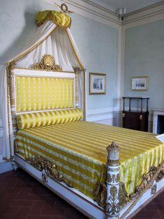 Il letto di Napoleone nella residenza della Villa dei Mulini, Portoferraio, all'isola d'Elba