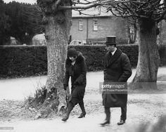 The Duke and Duchess of York, later Queen Elizabeth (1900 - 2002) and King George VI (1895 - 1952), arrive at St Paul's Parish Church in Walden, Hertfordshire, for the funeral of her brother, John Herbert Bowes-Lyon, 10th February 1930.