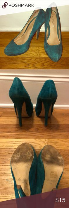 ALDO Pumps🌟 Teal Suede Aldo Heels!   I wore these out with a specific outfit and can't see myself wearing them again. They are in great condition. Please feel free to bundle or make me an offer! 💌 Aldo Shoes Heels
