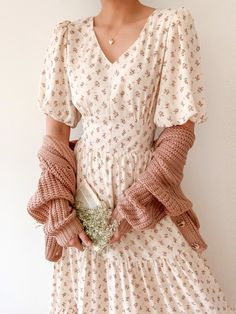 Cute Casual Outfits, Pretty Outfits, Pretty Dresses, Beautiful Dresses, Modest Dresses, Casual Dresses, Modest Clothing, Women's Clothing, Girls Dresses