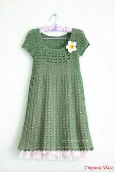 Очень красивое и простое в исполнении платье с короткими рукавами и завышенной талией смотрится очень эффектно и нарядно https://vk.com/wall-78438942?