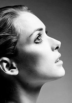 Winona Ryder, another outtake from the FREE WINONA W cover. Would love to draw this!