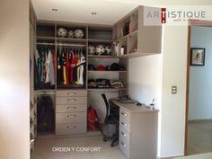 Compartimos una foto de uno de los últimos closets que instalamos al norte de la Ciudad de México. Creamos espacios más ordenados y confortables para nuestros clientes...!