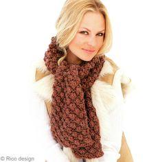 Tuto tricot : Réaliser une écharpe en laine motif astrakan
