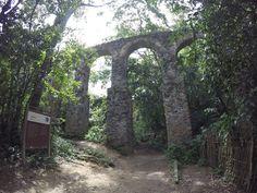 Aqueduto - Caminahda histórica - Blog Apaixonados por Viagens - Guia de Ilha Grande - Rio de Janeiro - Angra dos Reis