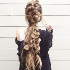 Knot your average braid. #T3Inspo via @glambytoriebliss