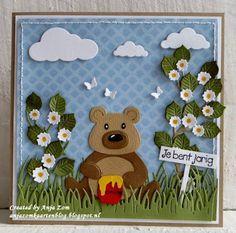 Hallo allemaal,     Wat is die toch gaaf die Box card mal ik heb er nu familie panda ingezet maar ga eens kijken   op het inspiratie blog v...