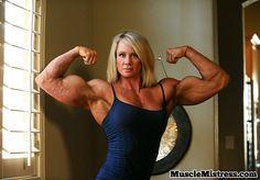 Lisa Bodybuilding, Short Bob Haircuts, Muscular Women, Fit Women, Lisa, Hair Cuts, Muscle, Fitness Women, Fashion