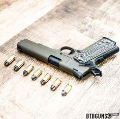 1911 Revolver Pistol, 1911 Pistol, Weapons Guns, Guns And Ammo, Weapon Of Mass Destruction, Tac Gear, Fire Powers, Firearms, Shotguns