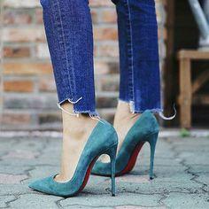 #isteayakkabim  @louboutinworld #shoes #girls #heels #ayakkabi #stiletto #loubies #fashion #moda #girl #istanbul #shoesaddict #ayakkabı #streetstyle #shoesoftheday #loveshoes #istanbuldayasam #valentinoshoes #bayildim #ayakkabıaşktır #fashionshoes #fashionista #fashionable #modasondurum #topuklu #kombinyo #instashoes #ayakkabı #ayakkabıaşkı