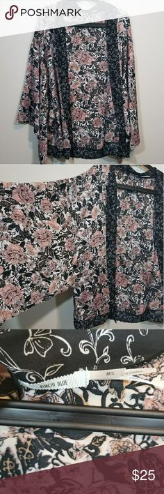 *24 HR SALE* UO Kimchi Blue Kimono Top Floral patterned silky top. Never worn. Size M/L. Smoke free home. Kimchi Blue Tops