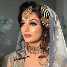 Pakistani Bridal Makeup, Asian Bridal Makeup, Indian Wedding Makeup, Wedding Day Makeup, Bridal Makeup Looks, Pakistani Bridal Dresses, Bridal Hair And Makeup, Bride Makeup, Indian Makeup