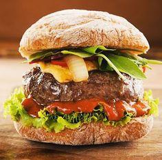 Os 30 melhores hambúrgueres do mundo! Confira essa lista e prepare o seu destino. #tophamburgers #burguers