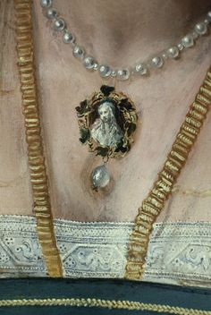 Peter de Kempeneer, Portrait of a Lady, Detail of necklace. I think this is the Duchess of Ferrara. Detail is noted.