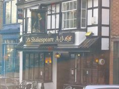 Temple Meads, Bristol, England - The Shakespeare Pub. MANY HAPPY FALLING OUT OF THERE AS A TEEANGER MEMORIES